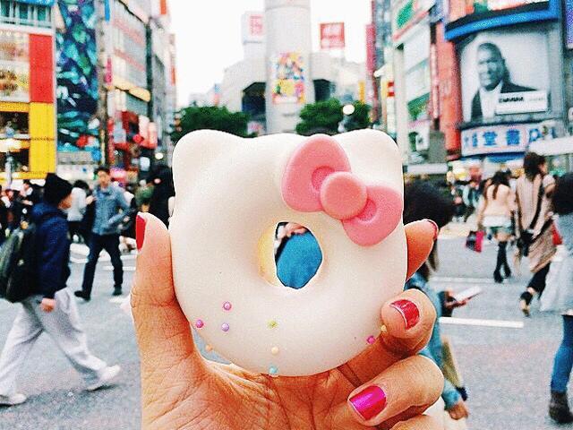 Chiêm ngưỡng cây kem 4 tầng đang 'làm mưa làm gió' trên Instagram