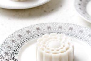 Cách làm bánh trung thu rau câu nước cốt dừa nhân xoài