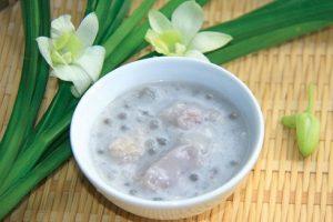 Cách làm chè khoai sọ bột báng nước cốt dừa bùi thơm ngọt mát