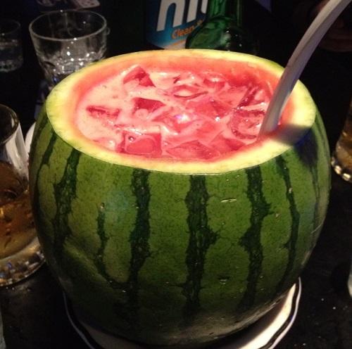 Cocktail dưa hấu với rượu soju Hàn Quốc mới lạ giải nhiệt mùa hè