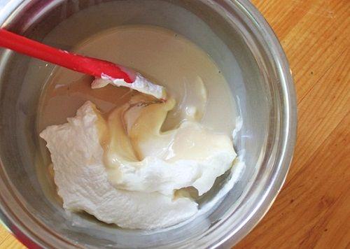 Cách làm kem caramel mặn không cần dùng máy làm kem