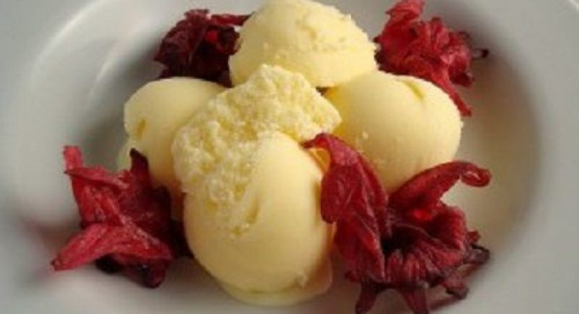 Độc đáo với cách làm kem vani trứng vừa lạ vừa quen