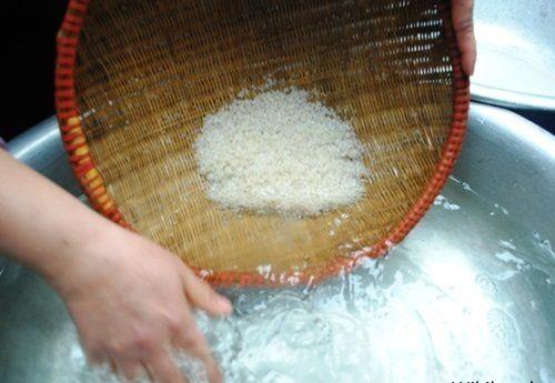 Cách làm nước gạo rang Nhật thơm ngon bổ dưỡng cho ngày mới