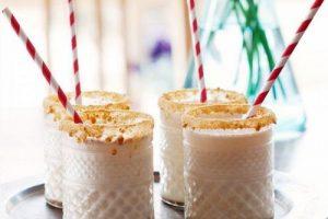 Cách làm sinh tố kem mật ong tươi mát giải nhiệt mùa hè