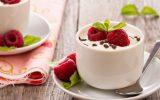 Thích mê với cách làm sữa chua hoa quả ngay tại nhà