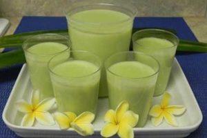 Vào bếp chế biến sữa đậu xanh thơm ngon nhiều dinh dưỡng cho cả nhà