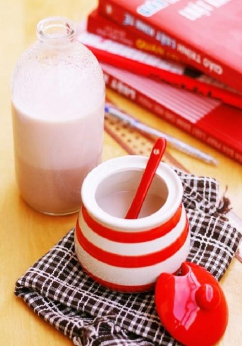 Vào bếp học cách chế biến sữa gạo Hàn Quốc vô cùng đơn giản