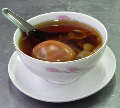 Thơm ngon, lạ miệng với món chè hột gà trà độc đáo