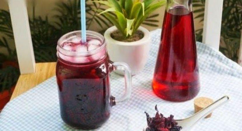Học cách ngâm hoa atiso đỏ làm thức uống thanh nhiệt