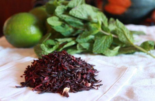 Cách pha trà hibicus thanh mát giải nhiệt cho cơ thể