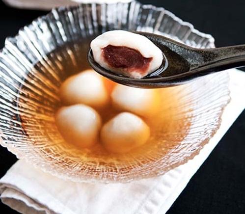 Bánh trôi nước đậu đỏ cho tết Hàn thực